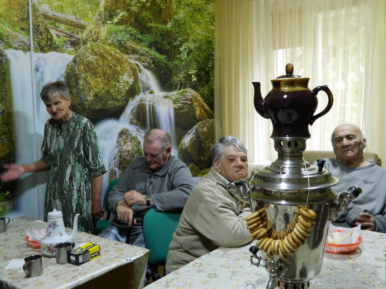"""Чаепитие накануне """"Дня пожилого человека"""""""