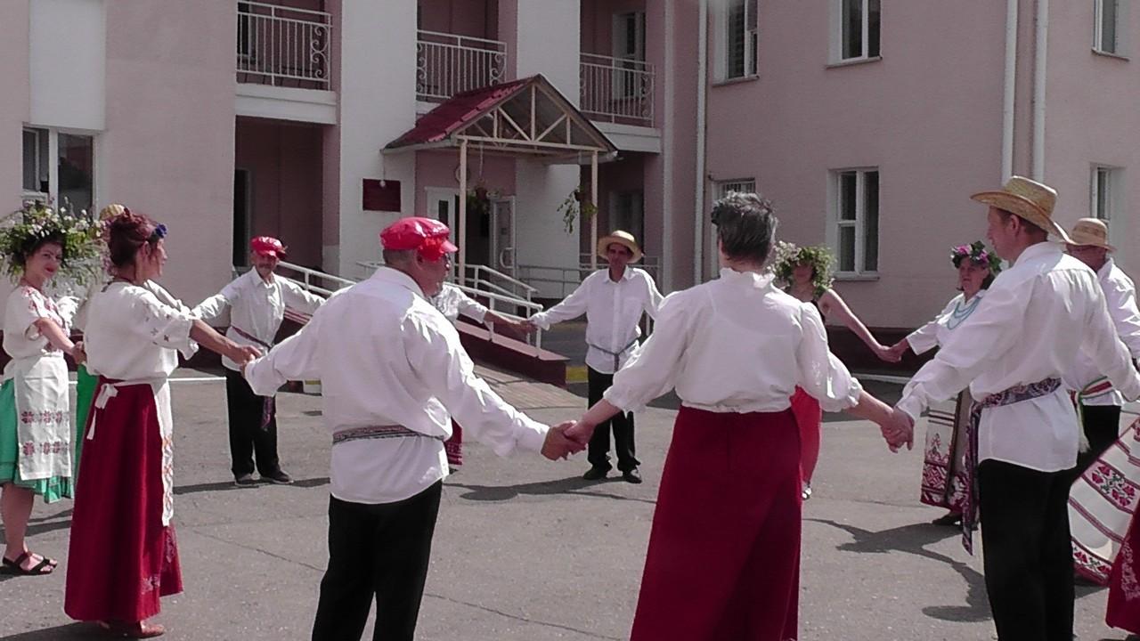 «Лируйте, люди добрые в честь Ивана Купала!»